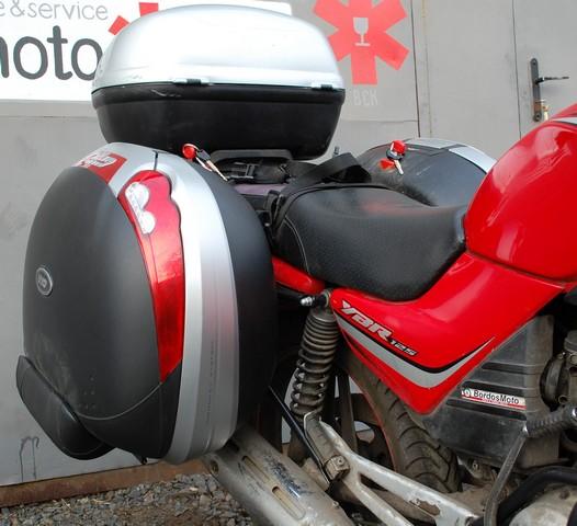 Yamaha, yamaha ybr125, ybr, 125, установка багажной системы, кофры, kappa, путешествия, багажная система, мото, юбрик